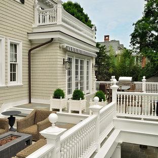 Ispirazione per terrazze e balconi chic con nessuna copertura