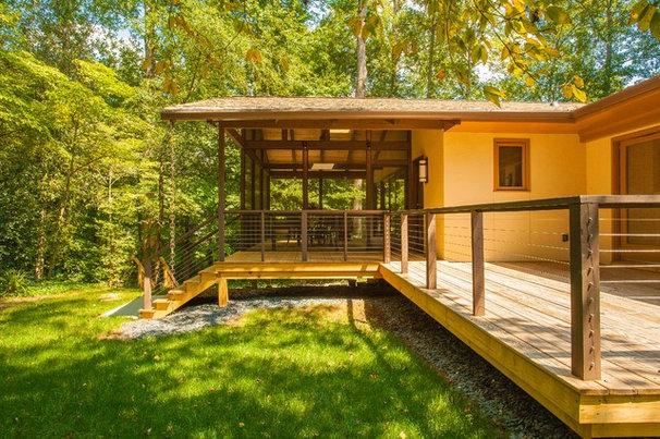 Contemporary Deck by Renewal Design-Build