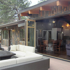 Contemporary Deck by Touch Architecture