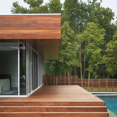 modern patio by Hufft Projects