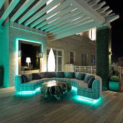 modern patio by Harold Leidner Landscape Architects