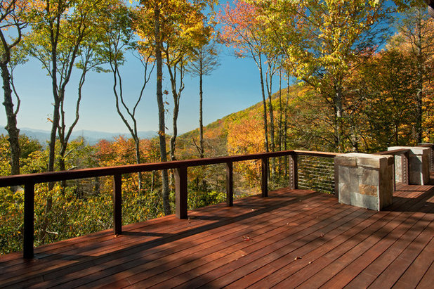 Rustic Deck by Dianne Davant and Associates