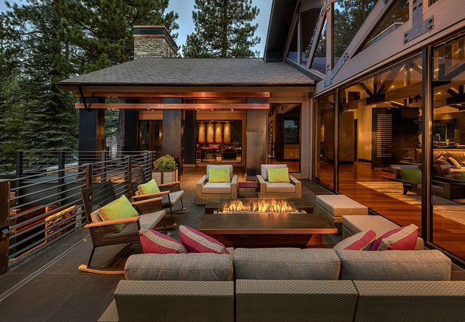 Contemporary Deck by IMI Design, LLC