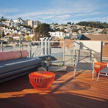 Modern Outdoor Lounge