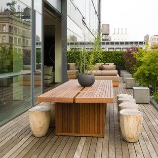 Minimalist deck photo in New York