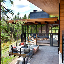 Houzz Tour: A Grand 'Treehouse' for the Entire Family