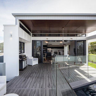 Inspiration for a contemporary deck in Sunshine Coast.
