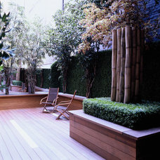 Modern Deck by SPG Architects
