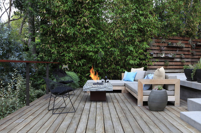 Modern Deck by MTLA- Mark Tessier Landscape Architecture