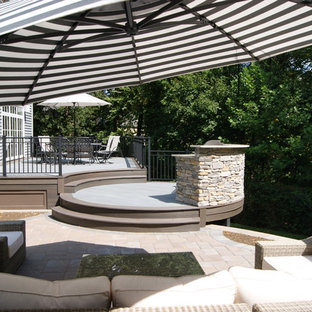 Inspiration for a contemporary backyard deck remodel in New York