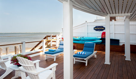 My Houzz: A Summer Beach House Charms and Welcomes