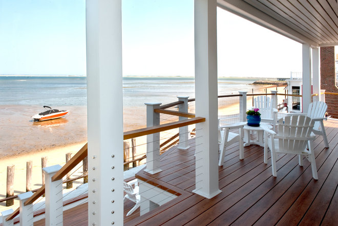 Beach Style Porch by Mary Prince