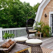Traditional Deck by Rikki Snyder