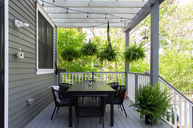 Transitional Deck by Rachel Loewen Photography