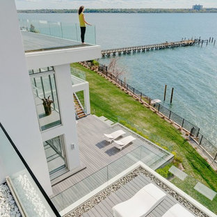 Dock - huge modern rooftop dock idea in New York with no cover