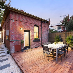 Photo of a transitional deck in Melbourne.