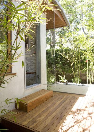 Contemporary Deck by Tim Clarke Design