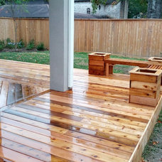 Traditional Deck by Oensol
