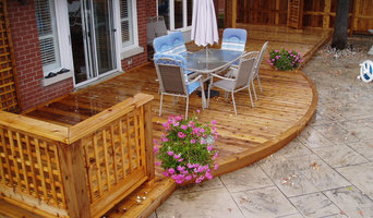 Newmarket Curved Deck