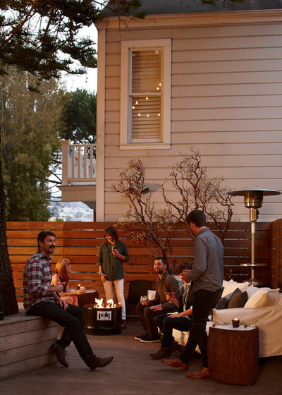 Contemporary Deck by Geremia Design