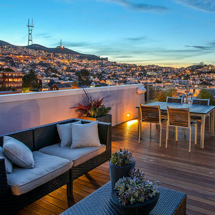 Example of a trendy rooftop rooftop deck design in San Francisco with no cover