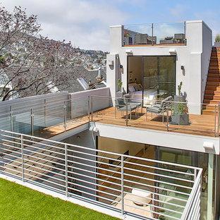 Aménagement d'un toit terrasse sur le toit contemporain avec aucune couverture.