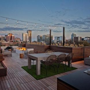 Ispirazione per terrazze e balconi minimal sul tetto con nessuna copertura