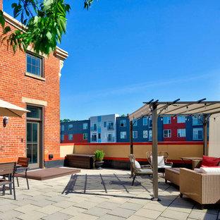 Large urban backyard deck photo in Cincinnati