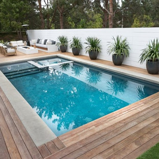 Modern deck in Los Angeles.