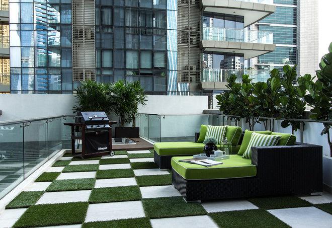 Contemporary Wooden Terrace by Su Misura