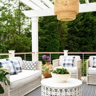 Idée de décoration pour une terrasse style shabby chic.