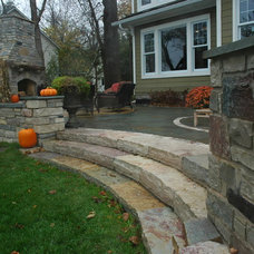 Traditional Deck by BellaWood Builders
