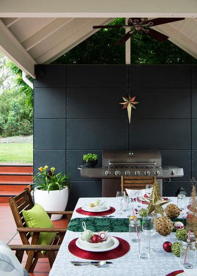 Modern Deck by HardieDeck