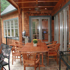 Traditional Deck by McSpadden Custom Homes