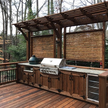Outdoor Kitchen East Cobb with Green Egg