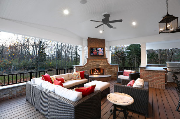 Traditional Deck by David Dales Photography