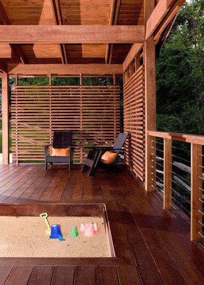 Contemporary Deck by Ryan Duebber Architect, LLC