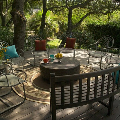 Large trendy side yard deck photo in San Francisco with no cover