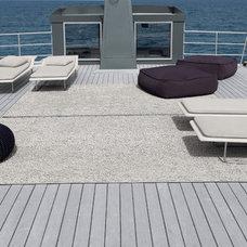 Beach Style Deck by escale design