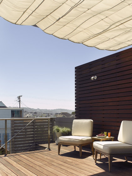 Contemporary Deck by Ken Gutmaker Architectural Photography