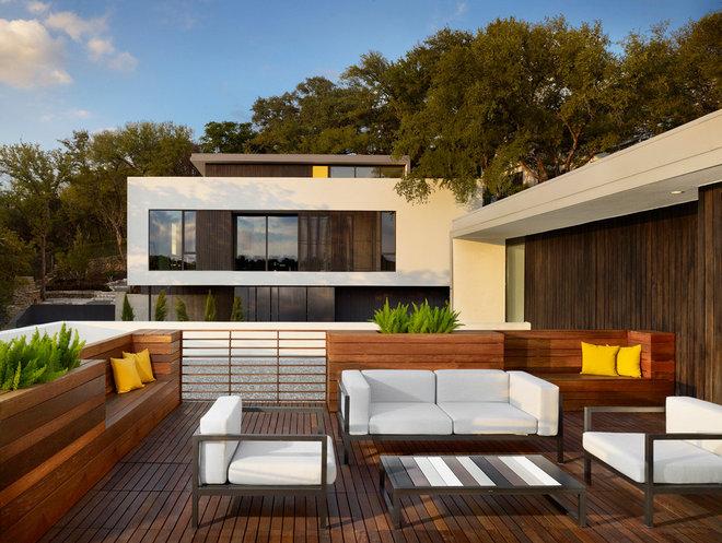 Modern Deck by RisherMartin Fine Homes