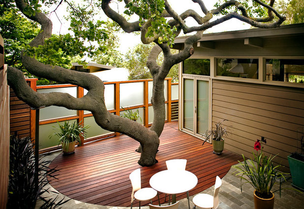 Contemporary Deck by ODS Architecture