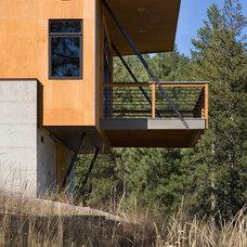 Modern Deck by Balance Associates Architects