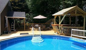 Pool deck with Tiki Bar