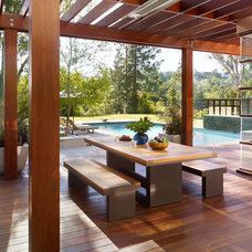 Modern Patio by Rockefeller Partners Architects