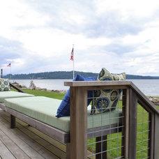 Beach Style Deck by Kimberley Bryan