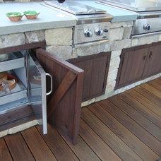 Craftsman Deck by John Montgomery Landscape Architects