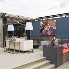 Contemporary Deck by DK Design
