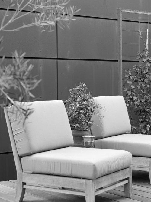 landhausstil terrasse mit pflanzwand ideen f r die. Black Bedroom Furniture Sets. Home Design Ideas