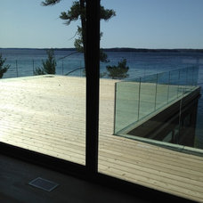 Modern Deck by Norfinch Glass & Mirror mfg ltd